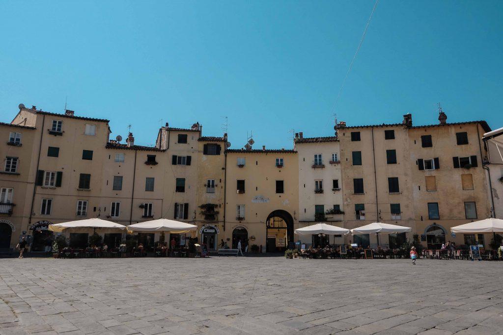 Lovely Lucca (10)
