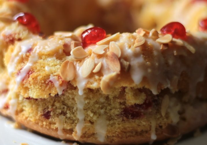 Mary Berry's cherry cake (4)